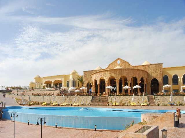pool8_at_al_nabila